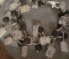 Armband mit Lava und Bergkristall