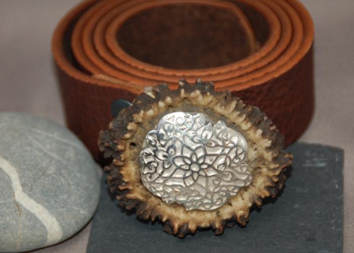 wechselbare Gurtschnalle, aus Hirschhorn und Silber
